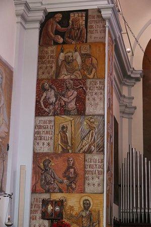 Issogne - Chiesa Parrocchiale di Santa Maria Assunta
