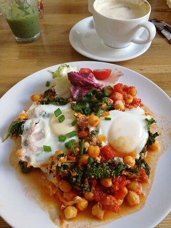 Śniadanie w leniwy poranek w Zamościu