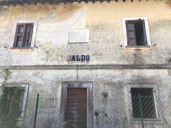 Ex Ferrovia Lagonegro - Castrovillari - Spezzano Albanese Nel Pollino