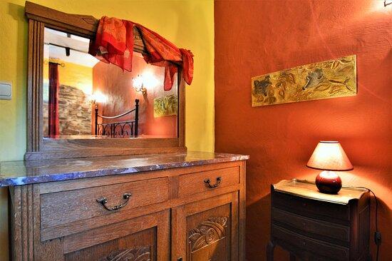 Louftemont, Belgique : le Liteau : the Papy-lou bedroom