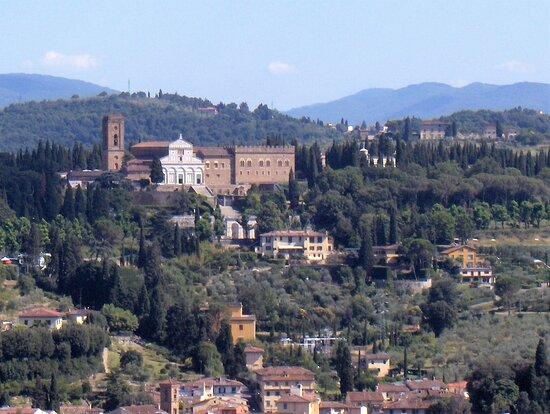 Giotto's Belfry: amazing Florence's view and a close encounter with the Dome: Souvenir de voyage à Florence en juillet 2007 - Vue de Florence depuis le Campanile de Giotto, la tour campanile de l'église Santa Maria del Fiore, la cathédrale de Florence, située place du Duomo.