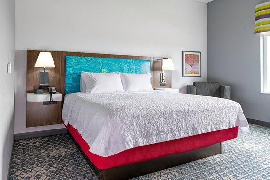Tripadvisor - Inn and views - صورة Hampton Inn & Suites Erie Bayfront، Erie
