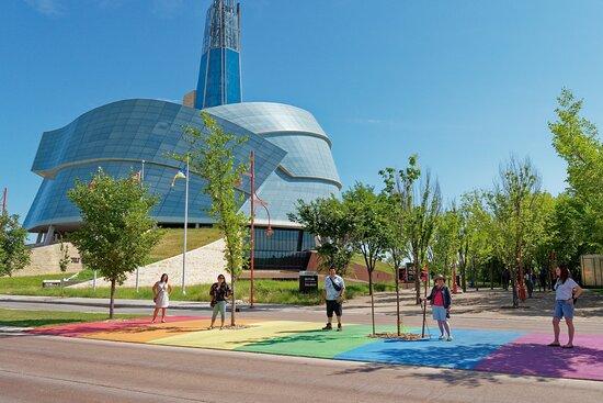 Tour Guys - Winnipeg