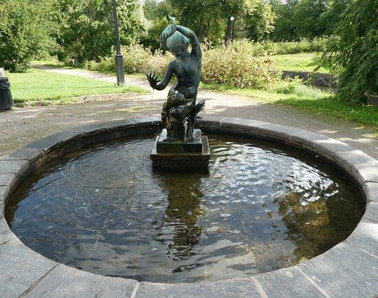 Statyn ''daphne''