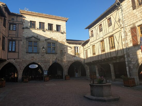 Castelnau-de-Montmiral Photo