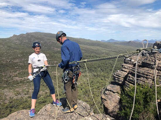Halls Gap, Australien: Our BIG 60-meter abseil can test the nerves!