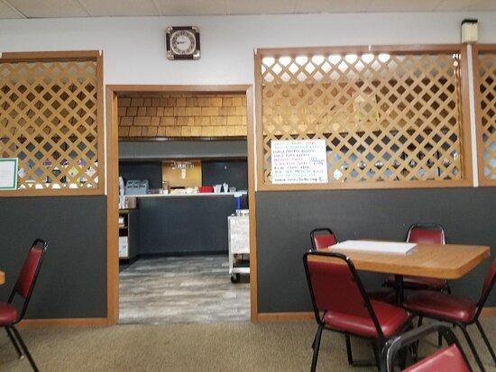 Cavalier, Dakota Północna: Kitchen area.