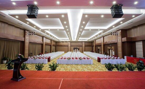Phu Ly, Vietnam: Phòng hội nghị, hội thảo Ngọc Lũ