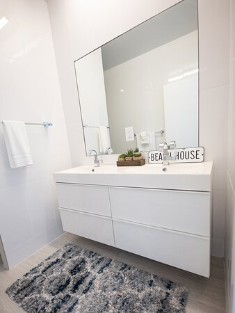 Clean and modern bathroom at the residences.