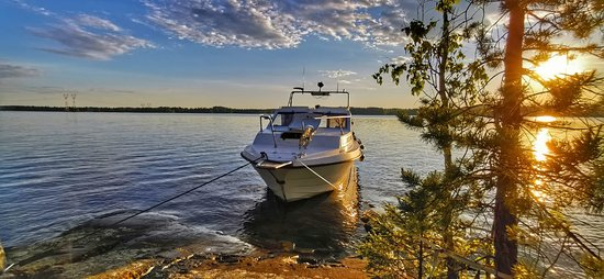 Tampere, Finlandia: Vappu at sunset Lake Experience