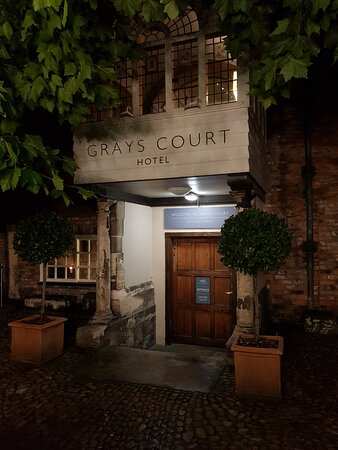 Grays Court Hotel Photo