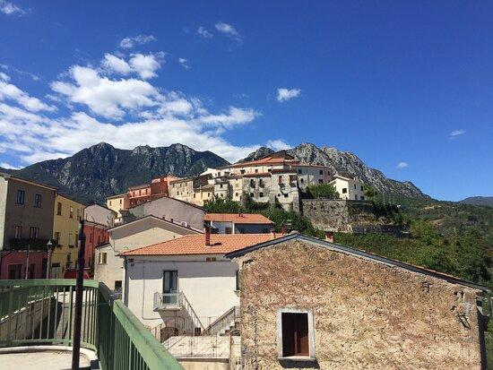 Borgo arroccato