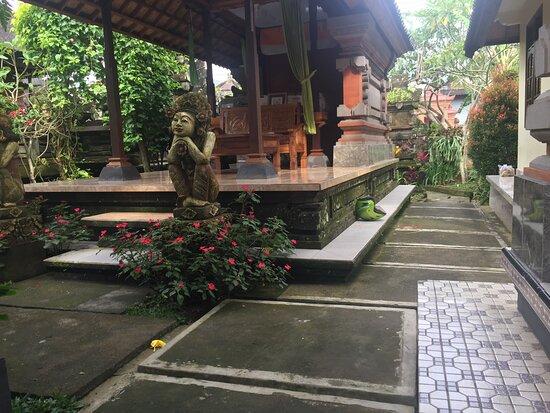 Aiswarya Linen Bali