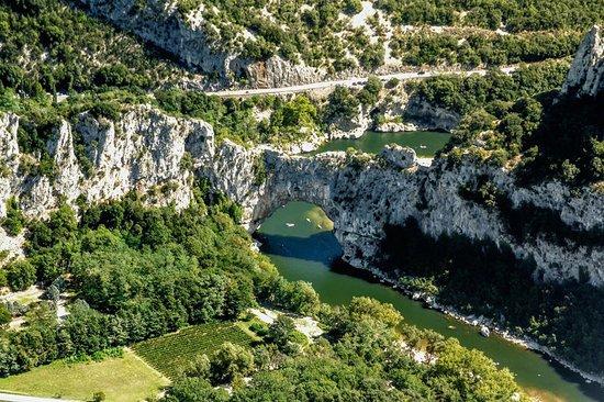 Saint-Andre-de-Roquepertuis, Frankreich: Les gorges de l'Ardèche et Vallon Pont d'Arc