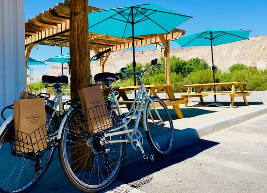 Palisade, CO: Bike friendly. Complimentary delivery to hotels in the local area