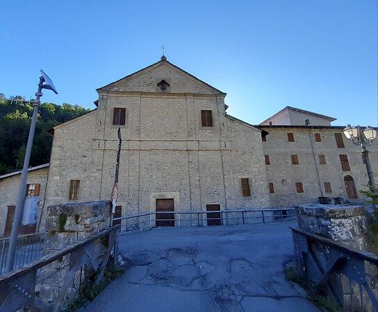 Chiesa Dei Santi Donnino E Francesco