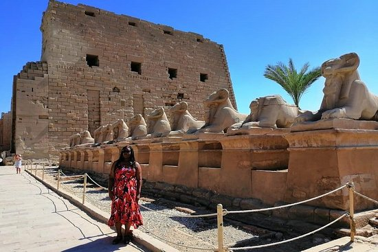 Luxor day tour form Cairo Giza hotel by...