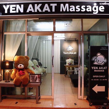 Yen Akat Massage