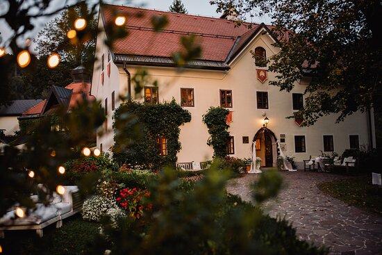 Kendov Dvorec Relais & Châteaux