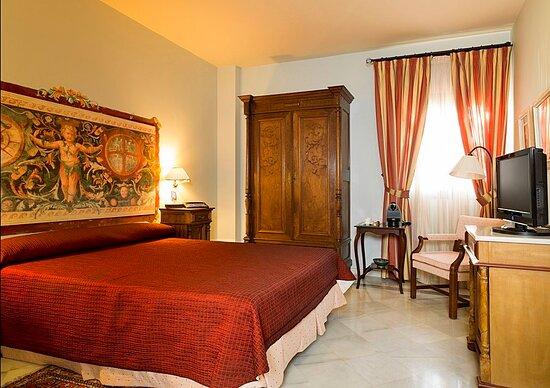 Valencina de la Concepcion, إسبانيا: Guest room