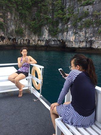 Try Scuba Diving (for Beginners): บนดาดฟ้าเรือ