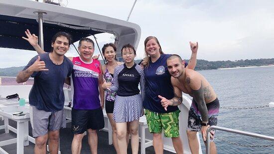 Try Scuba Diving (for Beginners): ทีมครูดำน้ำที่ให้บริการ