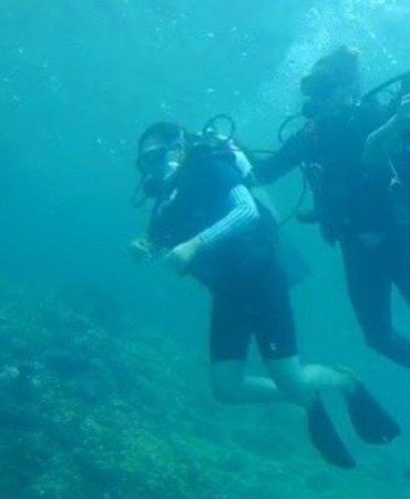 Try Scuba Diving (for Beginners): ครูดูแลตลอด