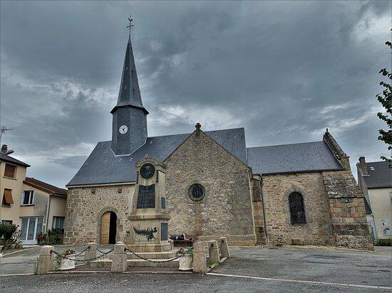 Eglise de Saint-Hilaire-la-Treille