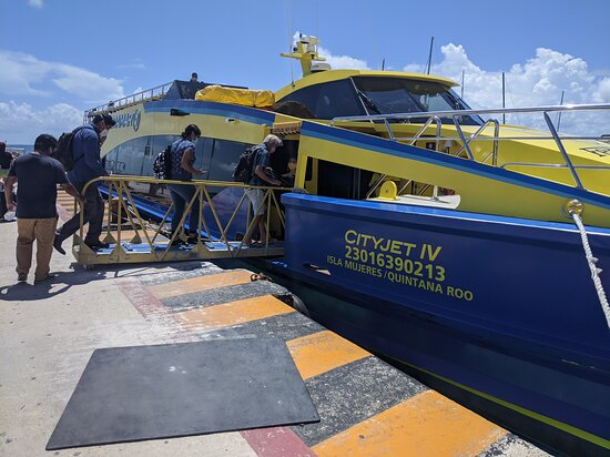 Overseas Ferry One Way Ticket - Premium Plus Class Fotografie