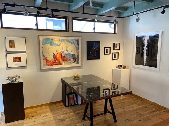 Gallery G-77