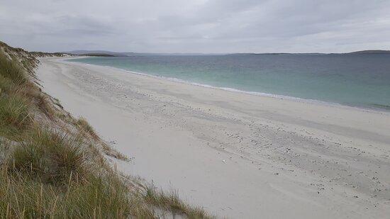Isle of Berneray, UK: Berneray West Beach (nearby)