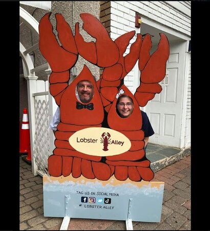 Raritan, NJ: Lobster Alley Sign