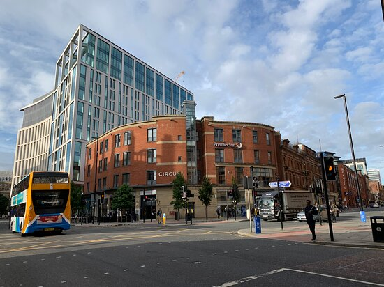 Premier Inn Manchester City Centre Portland Street Hotel Photo