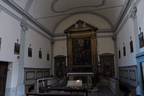 Mercatello sul Metauro, Italia: Interni della chiesa