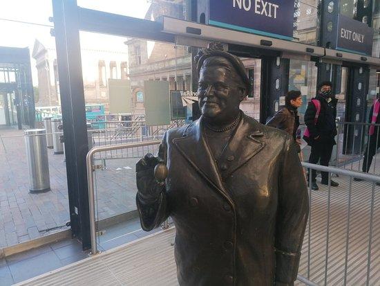 Bessie Braddock Statue