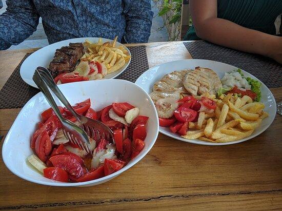 Zagvozd, Horvátország: Large portions and very tasty meals