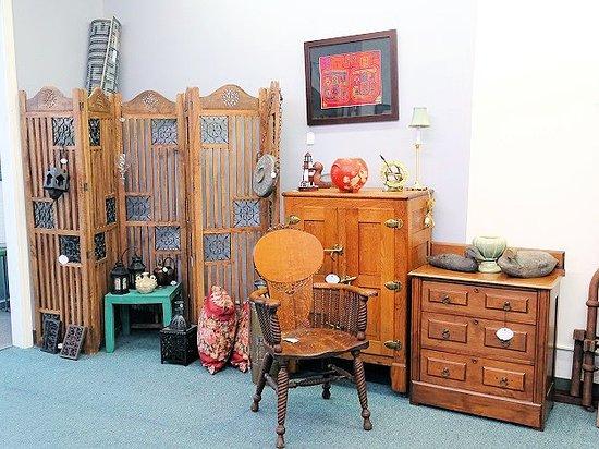 Aiken Antiques & Uniques