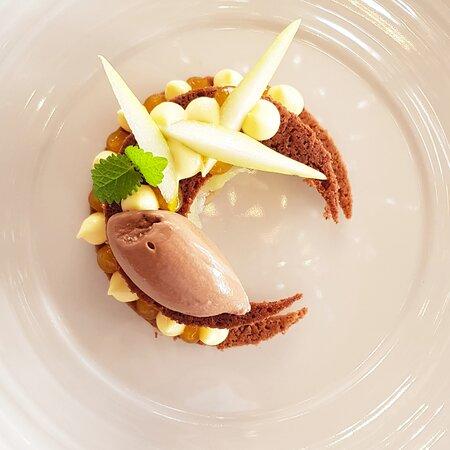 Pere coscia ticinesi, frutto della passione e cioccolato