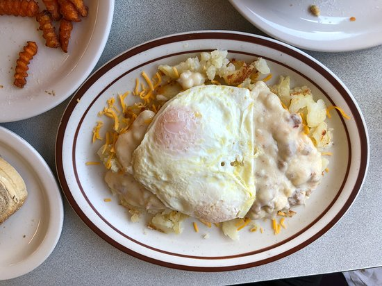Grand River, OH: Eggs with gravy and hash browns. Plus yummy sweet potato fries.