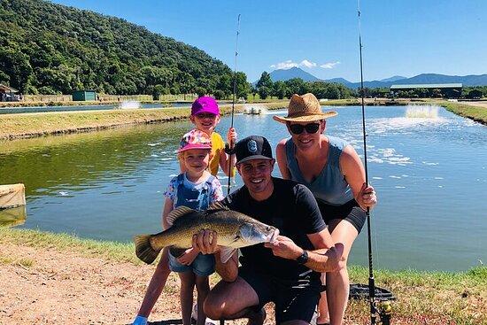 Pesca en grupos pequeños en Barramundi...
