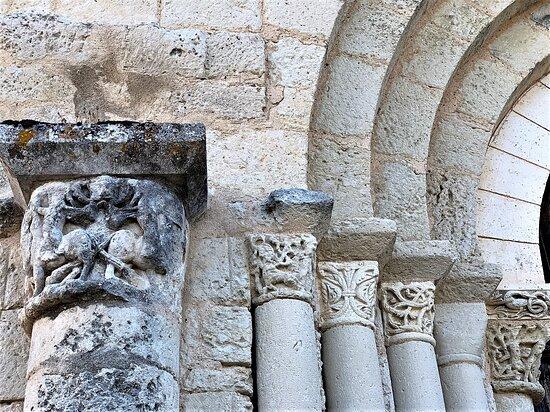 Eglise et Prieuré De Ronsenac
