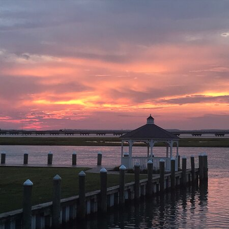 Chincoteague, VA: Cloudy Sunset from the deck of the Mint cottage