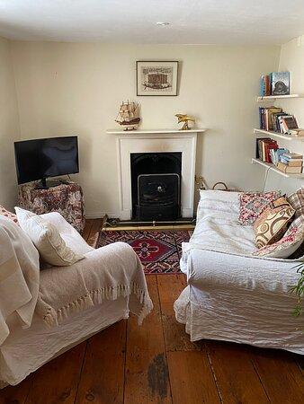 Private quaint annexe cottage