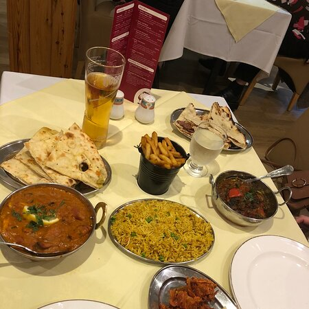 Image Sopna Indian Restaurant in North Wales