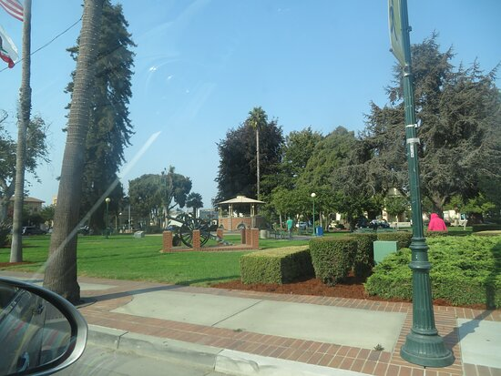Watsonville City Plaza and Park