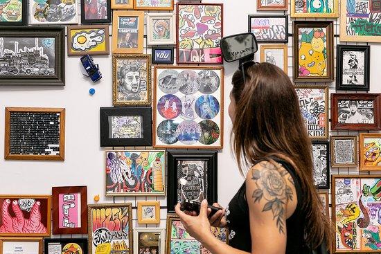 Sticky Gallery