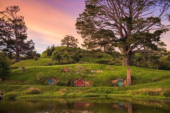 Hobbiton Movie Set Tour & Rotorua...