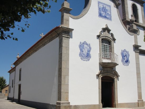 Igreja Paroquial De Paranhos Da Beira