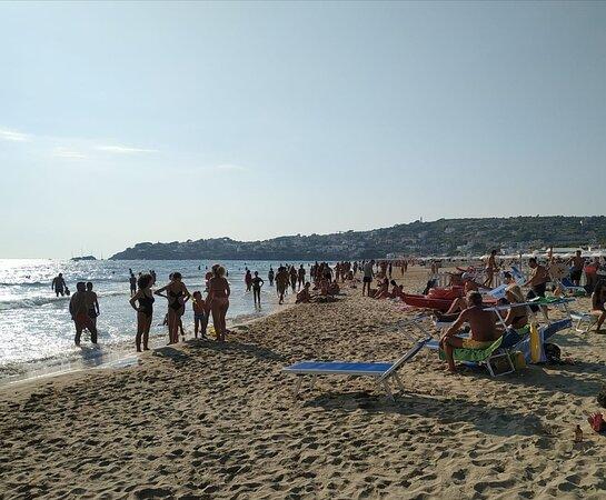 Il Fannullone, spiaggia attrezzata