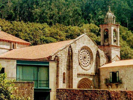 Galicia, Spania: Monastery 🕍🌲